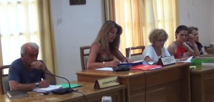 Οι αιρετοί και εργαζόμενοι του Δήμου Πεντέλης «αποχαιρέτησαν» τη Σοφία Φυλακτού