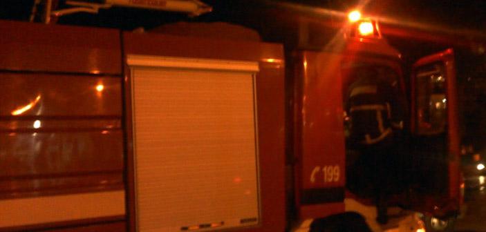 Φωτιά σε φορτηγό εκδηλώθηκε τα ξημερώματα στην Πεντέλη
