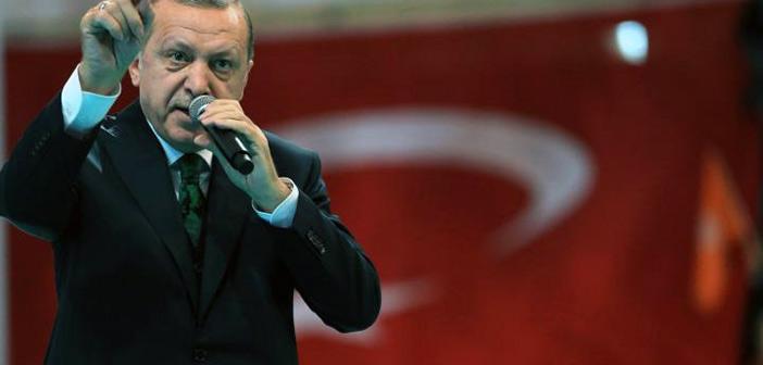 Νέες απειλές από Ερντογάν – Δεν θα αφήσουμε κανέναν «ληστή» να εκμεταλλευθεί τα συμφέροντά μας, δήλωσε