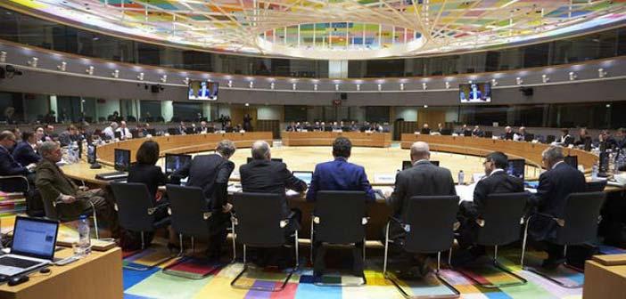 Eurogroup: Πρώτα τα στοιχεία για τις ληξιπρόθεσμες οφειλές και μετά η δόση