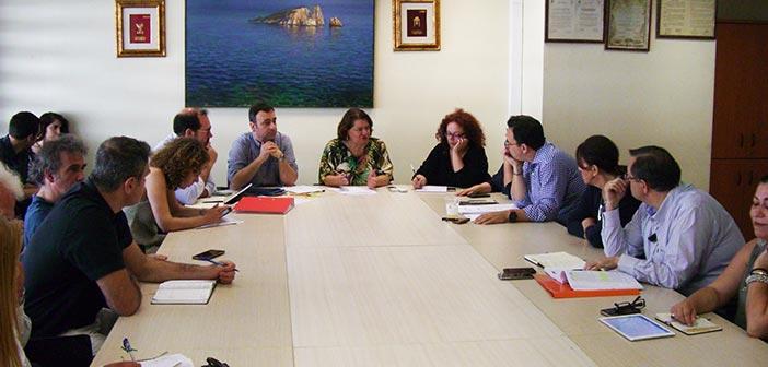 Συνάντηση ενημέρωσης για τα cluster, υπό την αντιπεριφερειάρχη Κεντρικού Τομέα