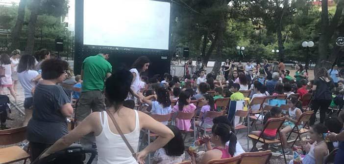 Ξεκίνησαν οι κινηματογραφικές προβολές στο Άλσος Βαρβαρέσου