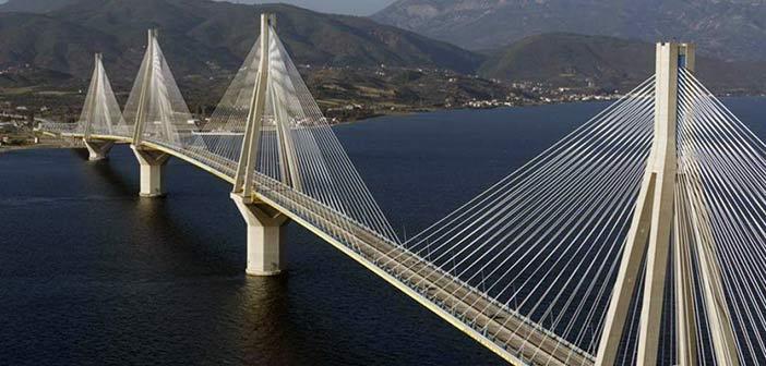 Γέφυρα Ρίου – Αντιρρίου: Βγήκαν στους δρόμους για να διαμαρτυρηθούν για την τιμή των διοδίων