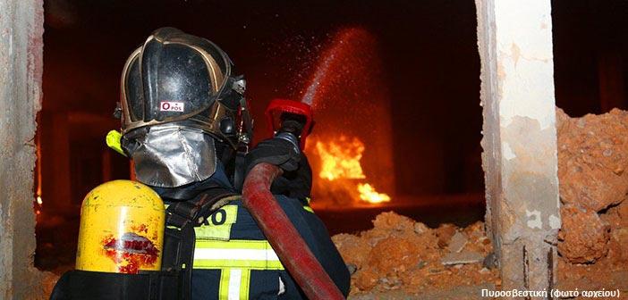 Πυρκαγιά σε διαμέρισμα στα Μελίσσια – Τρία άτομα με αναπνευστικά προβλήματα