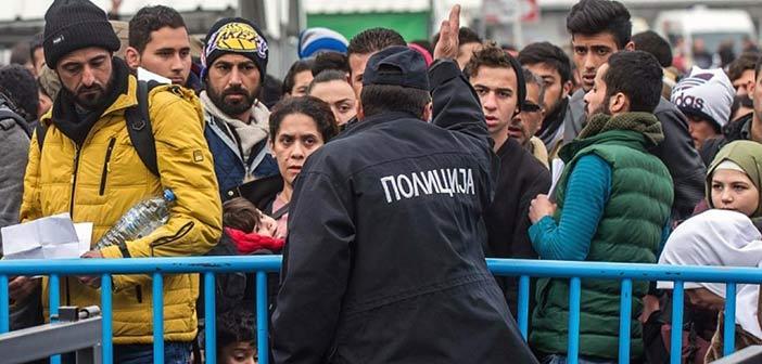 Στρατιώτες της ΠΓΔΜ πυροβόλησαν στον αέρα κατά μεταναστών στα σύνορα με την Ελλάδα