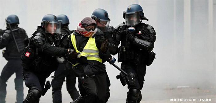 «Κίτρινα Γιλέκα»: 975 συλλήψεις, πάνω από 120 τραυματίες