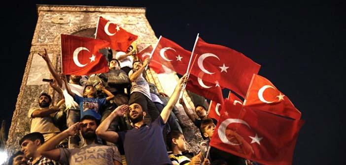 Ισόβια σε σχεδόν 2.000 ανθρώπους μετά το αποτυχημένο πραξικόπημα στην Τουρκία
