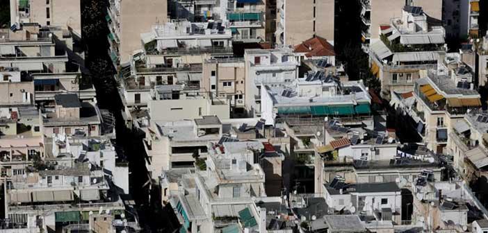 Telegraph: Εξώσεις στους ενοικιαστές λόγω «χρυσής βίζας» στην Ελλάδα – Πολλαπλασιάστηκαν τα Airbnb