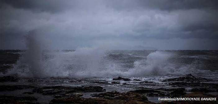 «Ωκεανίς»: Μετ΄ εμποδίων και πάλι οι μετακινήσεις – 6.000 κεραυνοί την Κυριακή