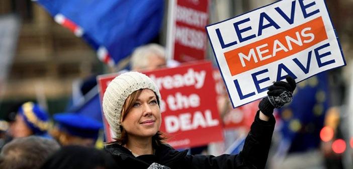 Brexit: Η Βουλή απέρριψε τις τέσσερις εναλλακτικές προτάσεις αποχώρησης