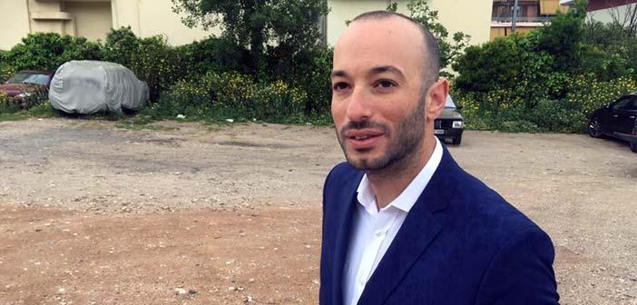 Μάριος Ψυχάλης: Άμεση ήπια παρέμβαση στην πλατεία Πέρρου για να δοθεί προς χρήση στους κατοίκους