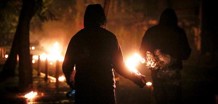 Επίθεση με μολότοφ κατά των φρουρών στα γραφεία του ΣΥΡΙΖΑ στην Κουμουνδούρου