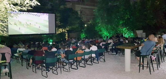 Ο τελικός του Champions League… παίζει στην οθόνη του «Νοσταλγία»