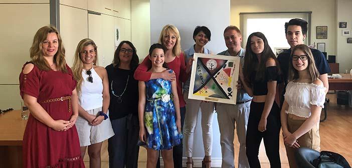 Συνάντηση Ρ. Δούρου με συμμετέχοντες στο πρόγραμμα «Δημοκρατία μέσω της καλλιτεχνικής παρέμβασης των νέων»