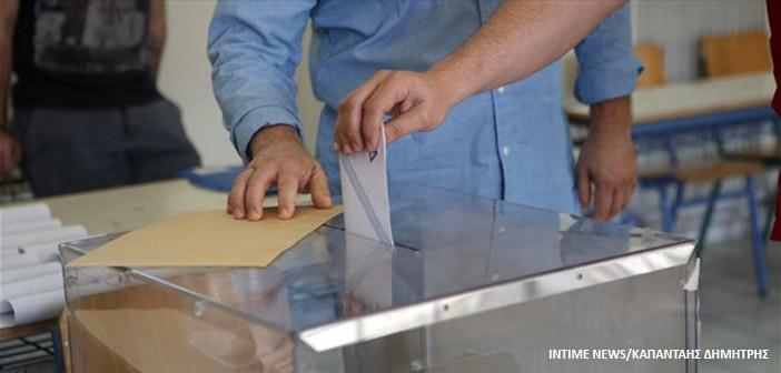 Κόκκινη Ρωγμή: H κυβέρνηση νομοθετεί εν μέσω πανδημίας για εκλογές Τ.Α. – Η επίφαση δημοκρατικών θεσμών καταρρέει