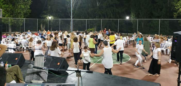 Πλήθος κόσμου στη γιορτή του Κλήδονα του Συλλόγου «Η Δωδώνη»