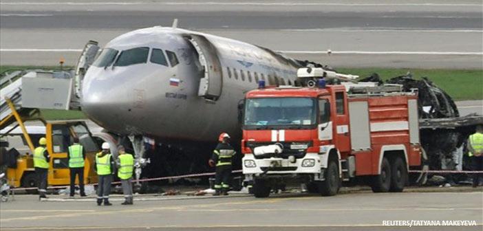 Ρωσία: Aναγκαστική προσγείωση αεροσκάφους – Νεκροί οι δύο χειριστές – 19 τραυματίες