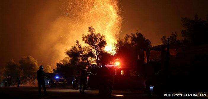 Στο έλεος της πυρκαγιάς η κεντρική Εύβοια