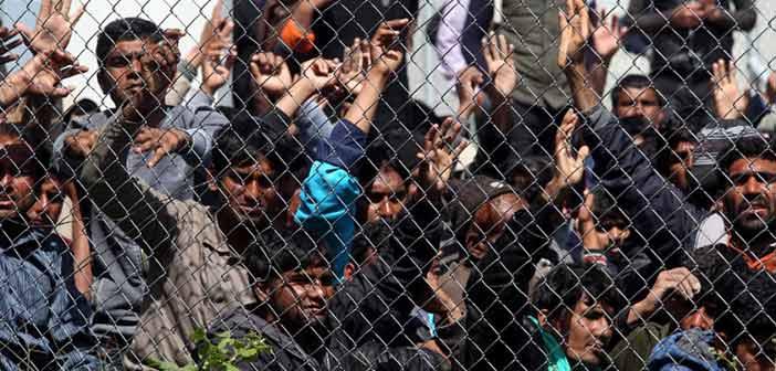 Προσπάθεια να αποσυμφορηθεί η Μόρια με τη μεταφορά 1.000 προσφύγων