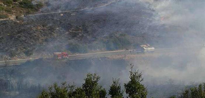 Κατασβέστηκε η φωτιά στην Πεντέλη
