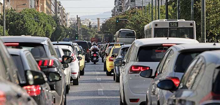 Μποτιλιάρισμα σε αρκετούς δρόμους της Αττικής και στον Βόρειο Τομέα