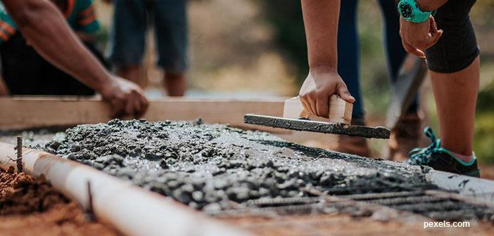 Οι «φιέστες» τέλειωσαν, καιρός για δουλειά σε Δήμους και Περιφέρειες