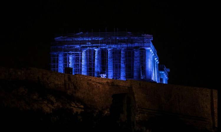 Στην τελετή φωταγώγησης της Ακρόπολης για τη UNICEF η πρόεδρος του Ομίλου για την UNESCO Β.Π.