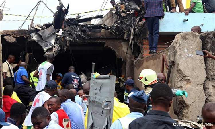 Λ.Δ. Κονγκό: Τουλάχιστον 29 νεκροί από τη συντριβή μικρού αεροσκάφους σε κατοικημένη περιοχή