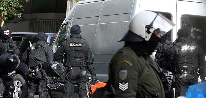 Μία ληστεία στον Χολαργό η… αρχή για μεγάλη αντιτρομοκρατική επιχείρηση – Εντοπίστηκαν όπλα και εκρηκτικά