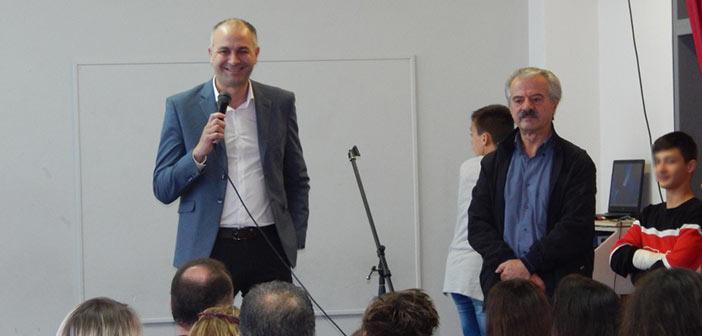 Σε εκδηλώσεις σχολείων για την επέτειο του Πολυτεχνείου ο δήμαρχος Μεταμόρφωσης