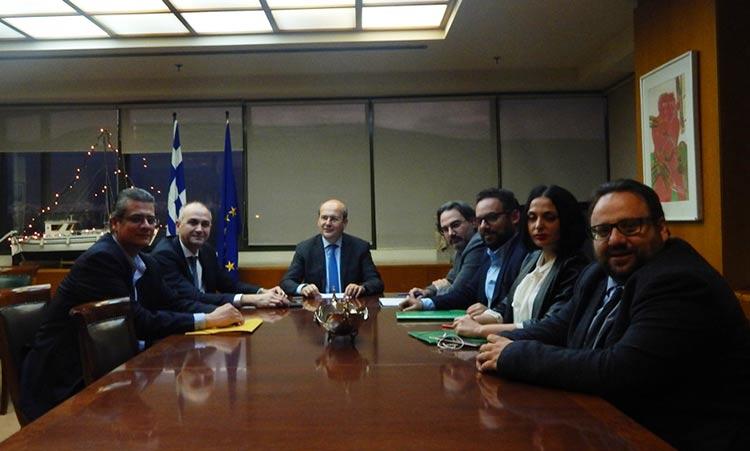 Τη χρηματοδότηση έργων στη Μεταμόρφωση συζήτησε με τον Κ. Χατζηδάκη ο δήμαρχος Στρ. Σαραούδας