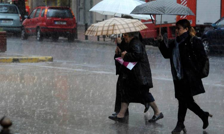 Καιρός: Έρχεται ο «Ετεοκλής» – Βροχές, καταιγίδες και χιόνια την Παρασκευή