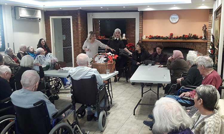 Χριστουγεννιάτικες εκδηλώσεις απόλαυσαν τα μέλη των ΚΑΠΗ Δήμου Κηφισιάς