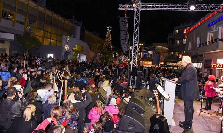 Η μαγεία των Χριστουγέννων… πλανάται στο Μαρούσι