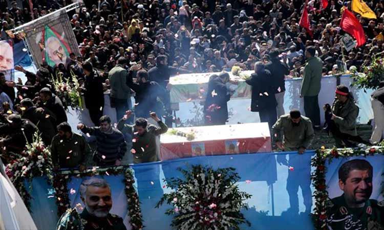 Ιράν: Τουλάχιστον 50 οι νεκροί στην κηδεία του Σουλεϊμανί