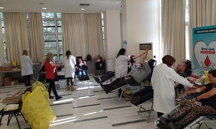 Μήνυμα στήριξης της εθελοντικής αιμοδοσίας στο Μαρούσι από τον Θ. Αμπατζόγλου