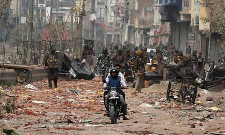 Ινδία: Στους 33 οι νεκροί από τα αιματηρά επεισόδια στο Νέο Δελχί