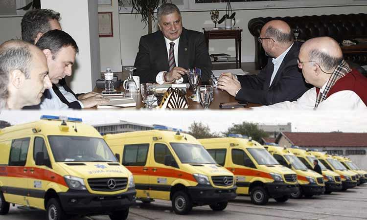 Να «ξεμπλοκάρει» τις διαδικασίες εξασφάλισης εξοπλισμού του ΕΚΑΒ επιχειρεί ο Γ. Πατούλης