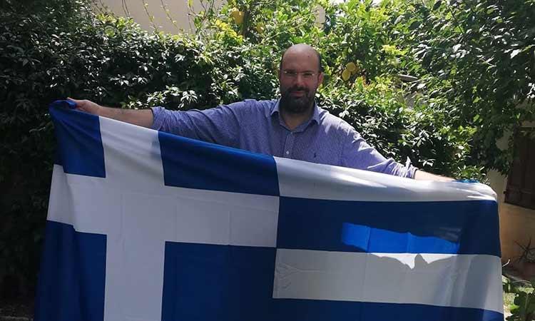 Ν. Καλαντζής: Να τοποθετηθούν ελληνικές σημαίες έξω από κάθε σπίτι στον Γέρακα, την Παλλήνη, την Ανθούσα και την Κάντζα