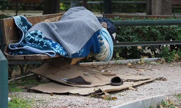 Στέγη και εργασία σε άστεγους και φιλοξενούμενους σε δομές δημότες προσφέρει ο Δήμος Ηρακλείου Αττικής