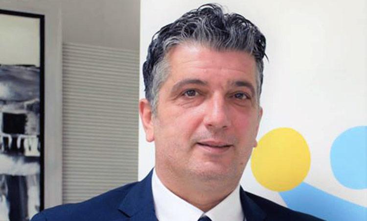 Ότι θέτουν σε κίνδυνο τη δημόσια υγεία στα Βριλήσσια κατηγορεί τις λοιπές δημοτικές παρατάξεις ο δήμαρχος Ξ. Μανιατογιάννης
