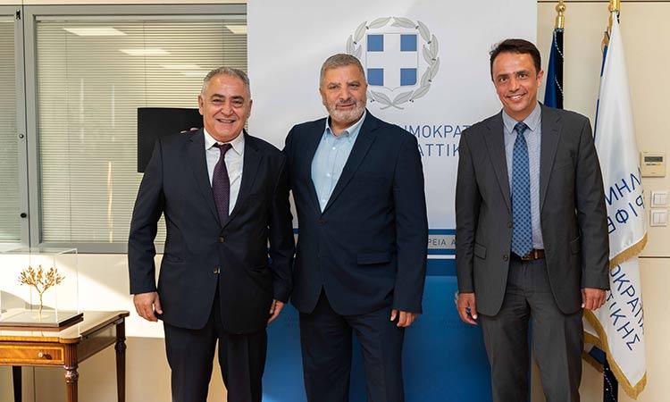 Γ. Πατούλης: Σε συνεργασία με επαγγελματικούς φορείς αποσκοπούμε στη στήριξη της μικρομεσαίας επιχειρηματικότητας
