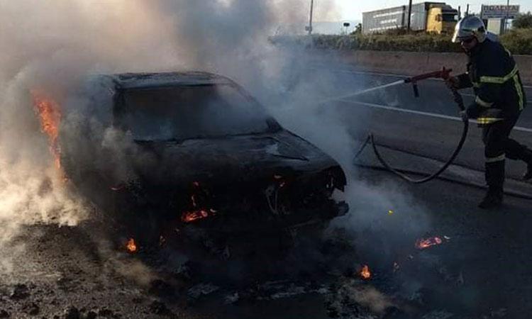 Φωτιά σε Ι.Χ. αυτοκίνητο στην Ε.Ο. Αθηνών – Λαμίας στην Κηφισιά