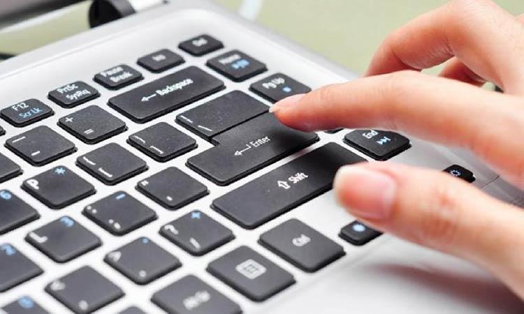 7 εκατομμύρια λιγότερες επισκέψεις σε δήμους και ΚΕΠ – Ηλεκτρονική έκδοση πιστοποιητικών