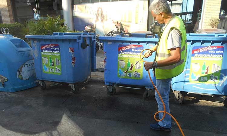 Τακτικοί καθαρισμοί των κάδων πραγματοποιούνται αδιάκοπτα στον Δήμο Φιλοθέης – Ψυχικού