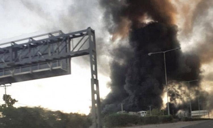 Ερώτηση στη Βουλή από βουλευτές του ΣΥΡΙΖΑ για την πυρκαγιά στο εργοστάσιο ανακύκλωσης πλαστικών στην Μεταμόρφωση Αττικής
