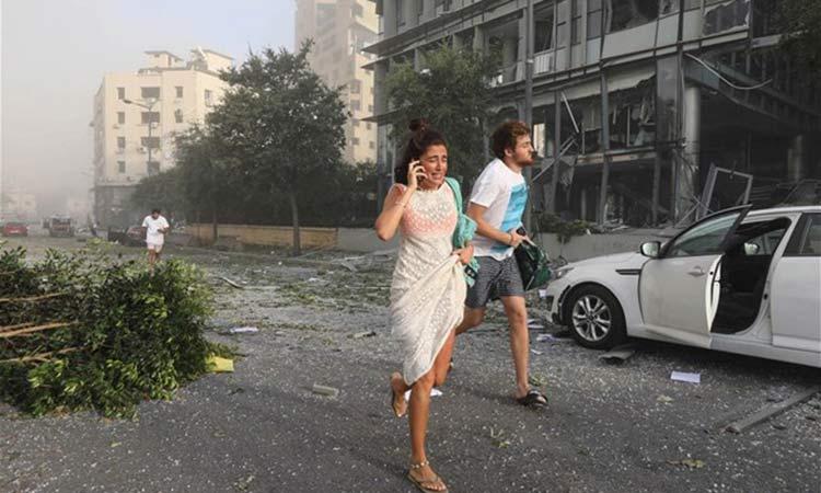 Βηρυτός: Ξεπέρασαν τους 100 οι νεκροί- Ανατινάχθηκαν 2.750 τόνοι νιτρικού αμμωνίου
