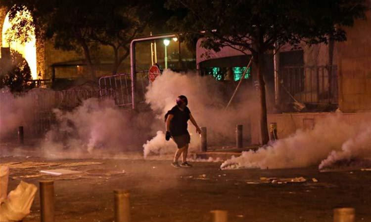 Αντικυβερνητικές διαδηλώσεις και επεισόδια στη Βηρυτό