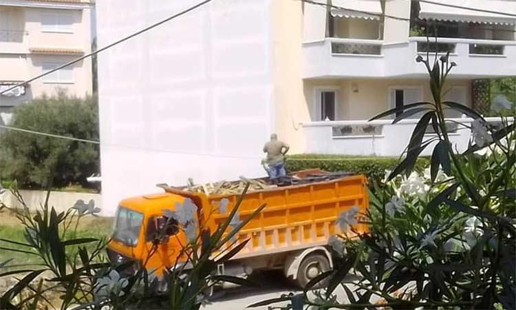 Επιμένει η Συμμαχία Πολιτών για το φορτηγό που πήγε σε σπίτι «υψηλόβαθμου αξιωματούχου» του Δήμου Λυκόβρυσης – Πεύκης