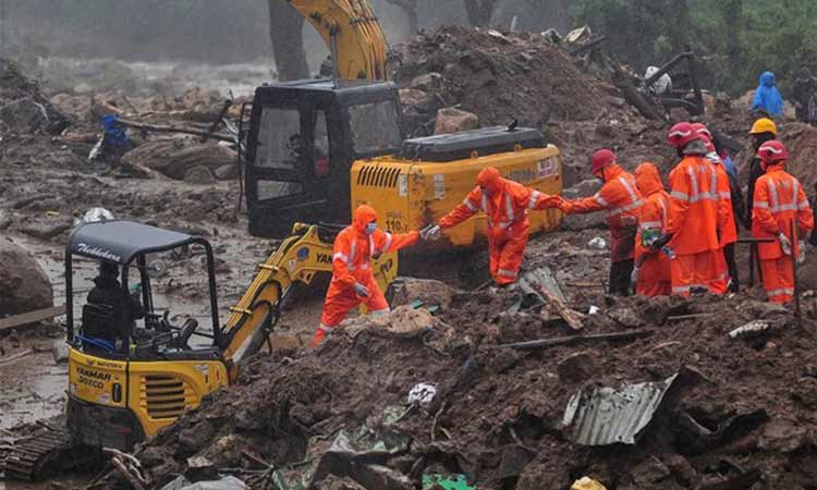 Ινδία: 43 οι νεκροί από κατολίσθηση σε φυτεία τσαγιού